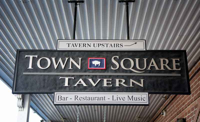 custom signs town square tavern 2 Our Portfolio   Restaurant and Retail Signs in Jackson WY